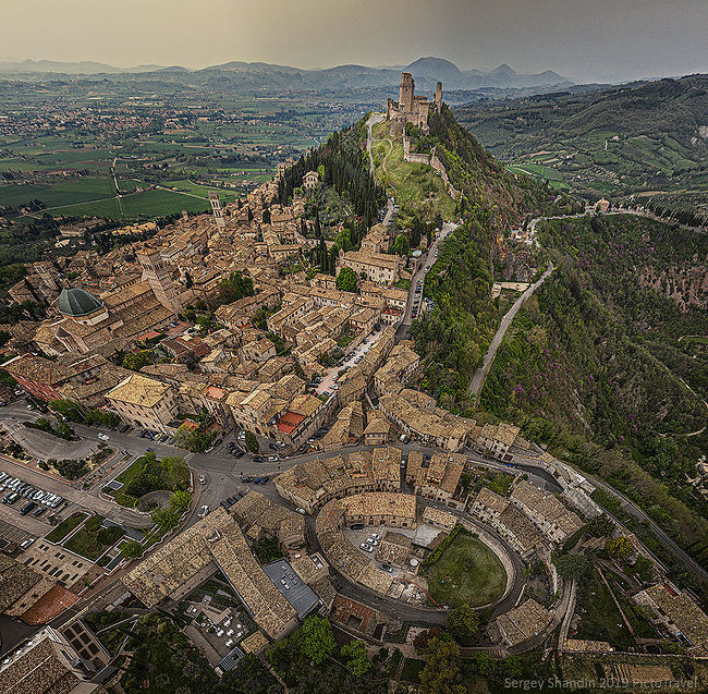 Sergey Shandin. View from above. Assisi