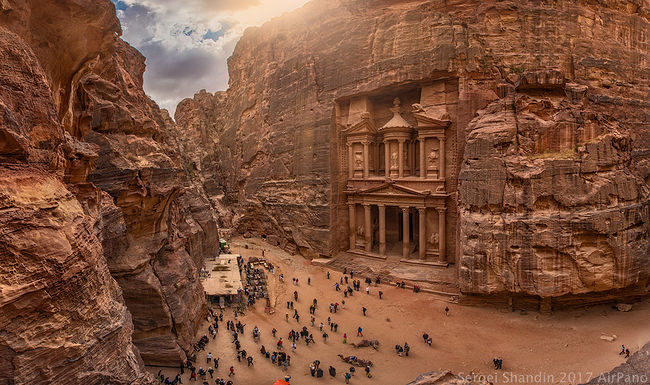 Sergey Shandin. Architect. Petra. Treasury