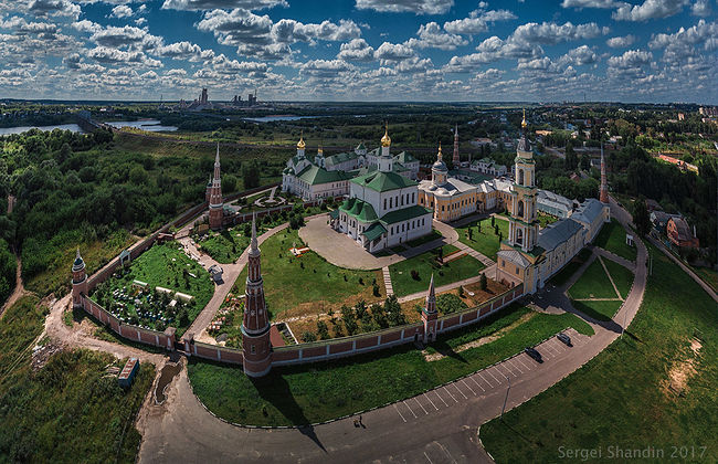 Sergey Shandin. View from above. Ancient Golutvin Convent